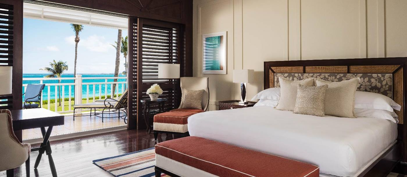 A double bedroom at the sea side of Four Seasons Ocean Club, Bahamas