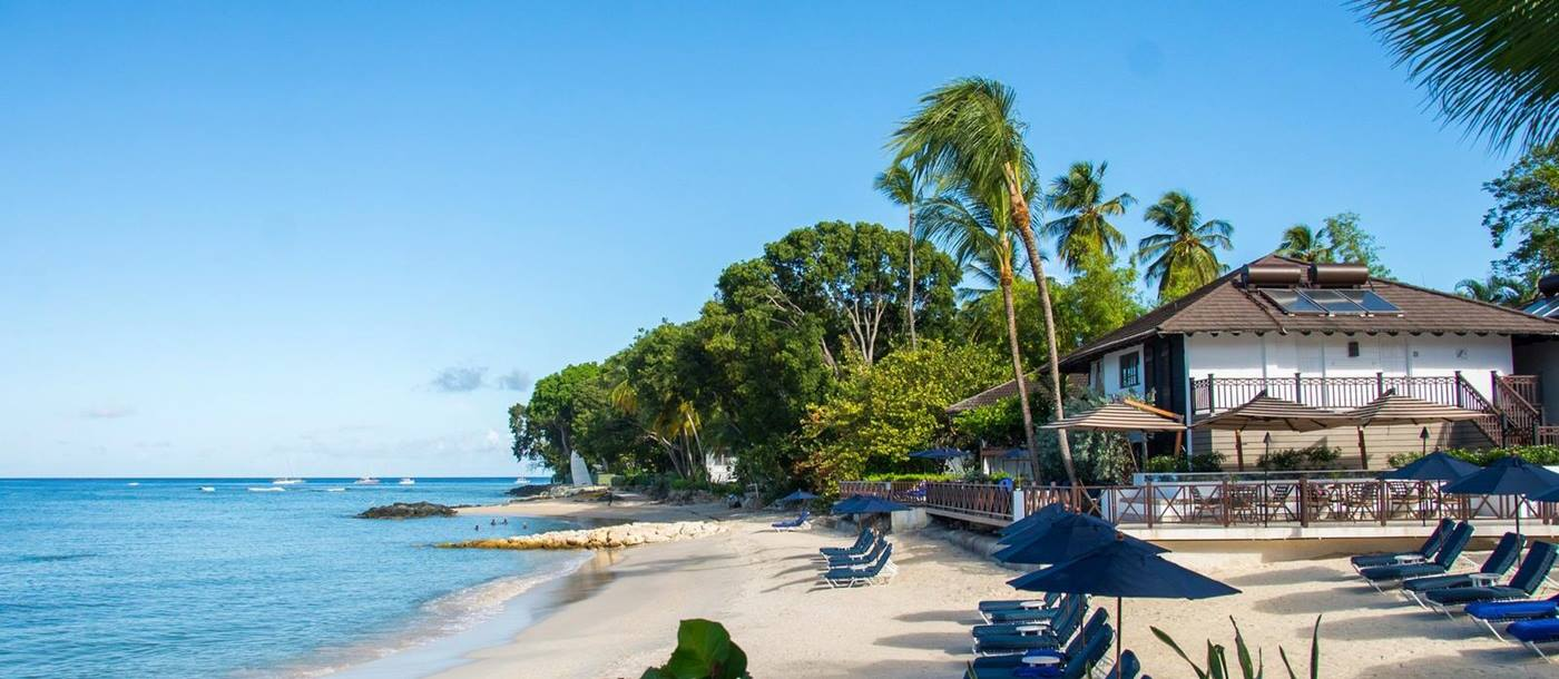 Beach and sunloungers at Sandpiper, Barbados
