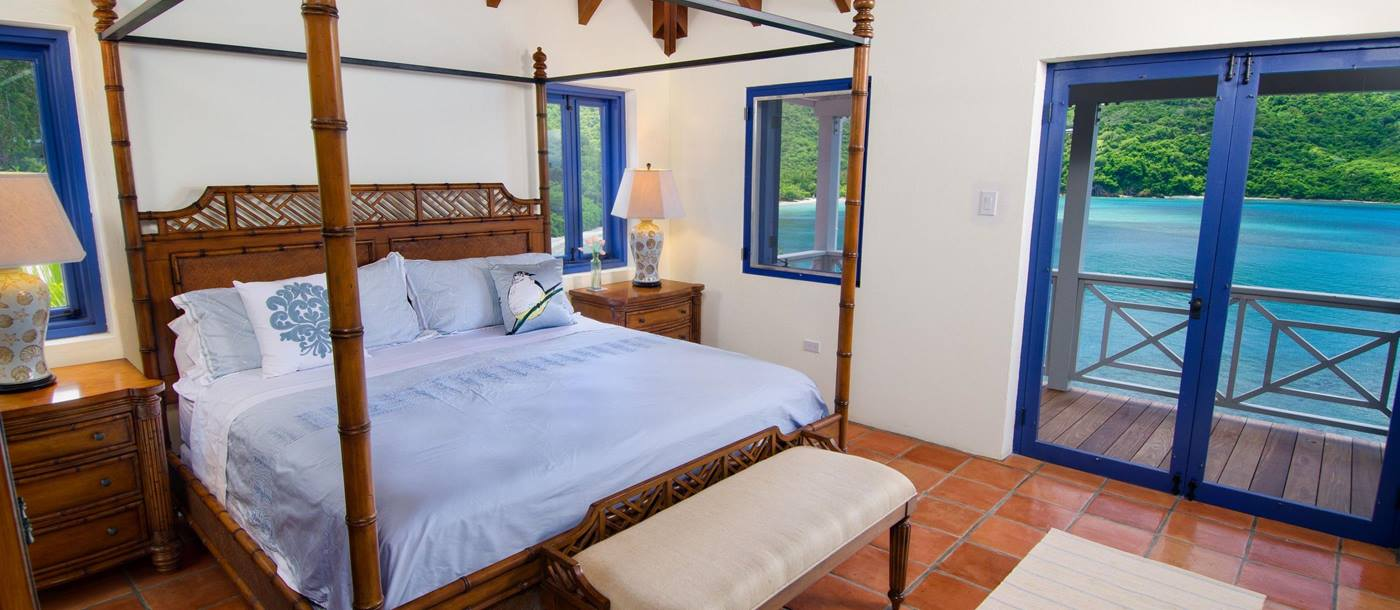 Double bedroom in Outer Banks, British Virgin Islands