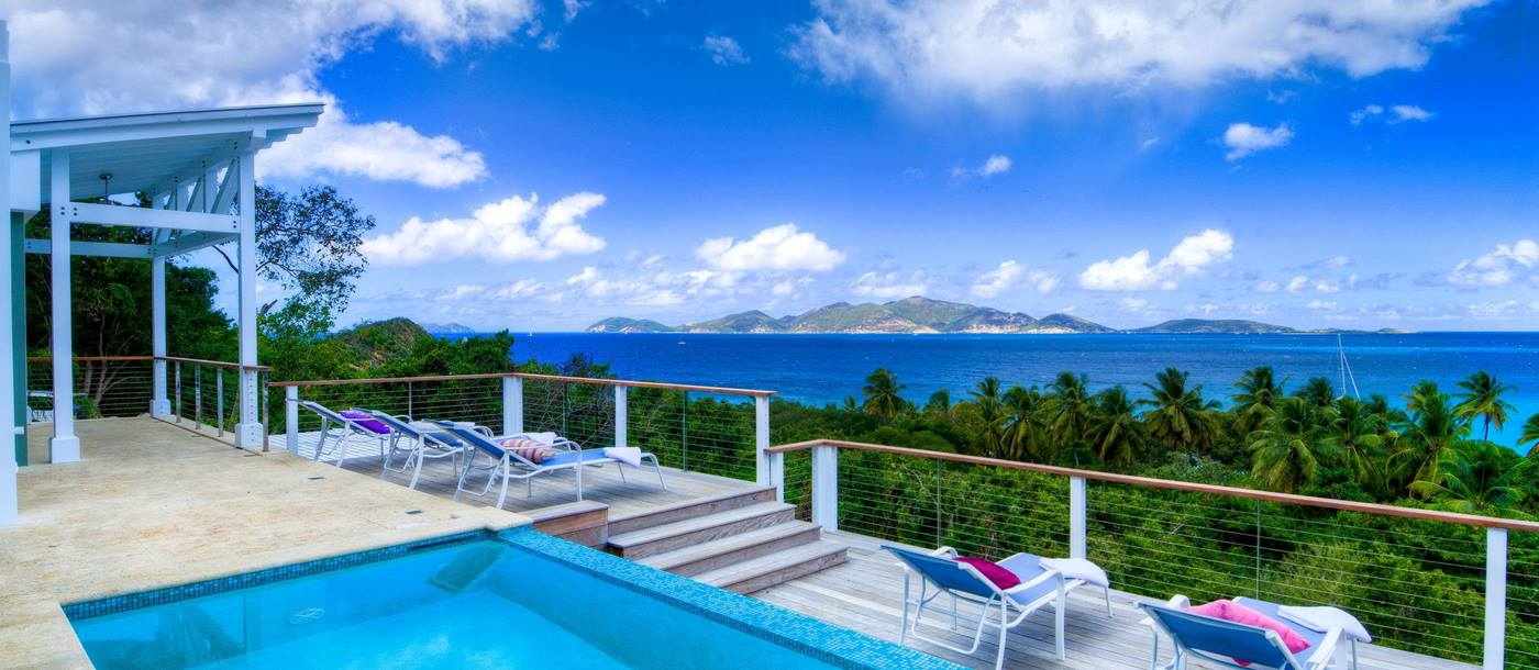 Swimming pool and terrace of Villa Maya, British Virgin Islands
