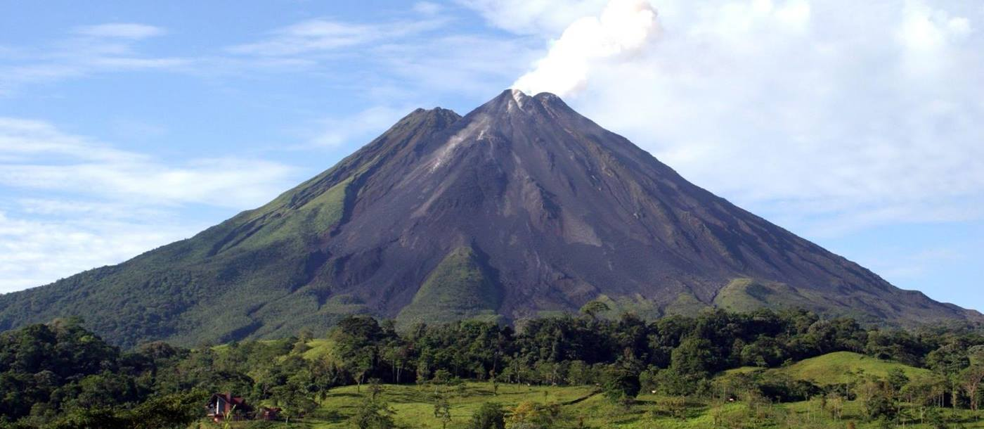 The volcano of Arenal, Costa Rican Trails
