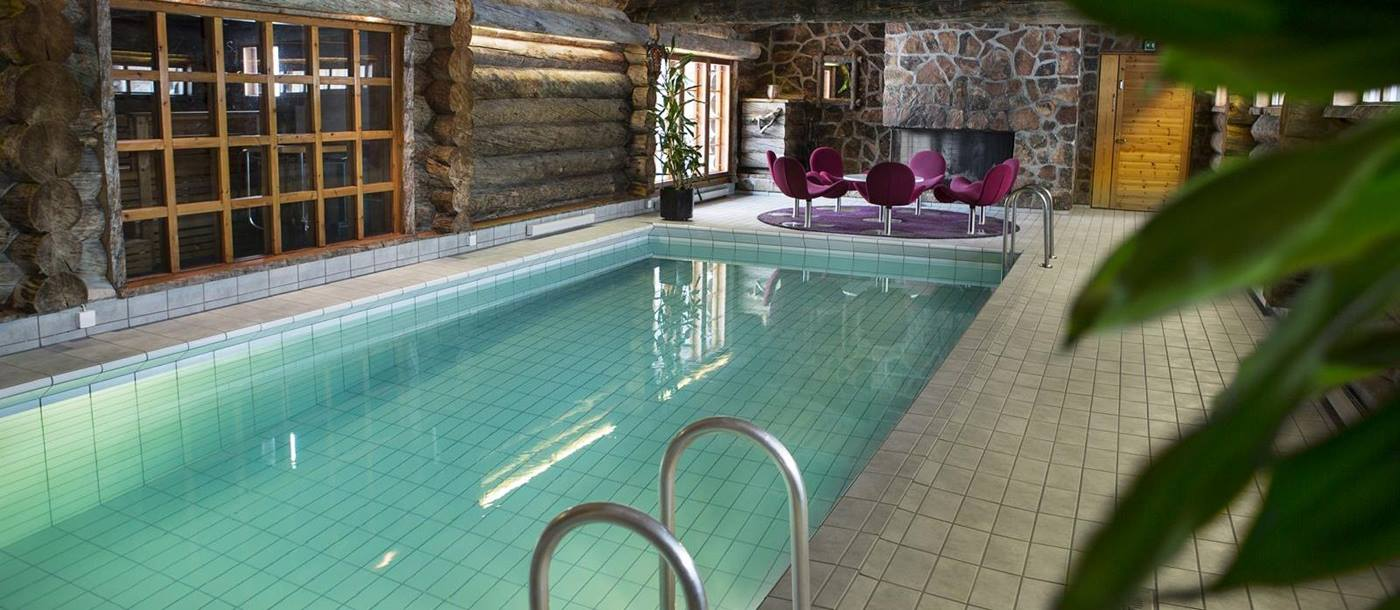 The indoor pool at Javri Lodge
