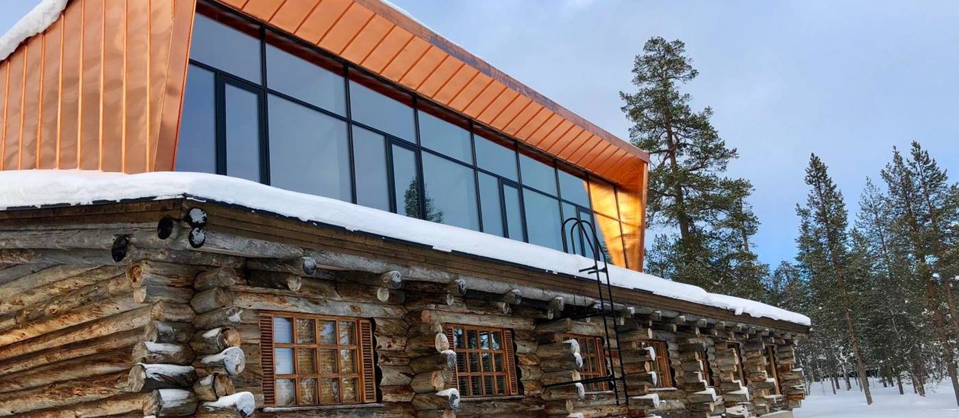 The facade of Javri Lodge in Finland