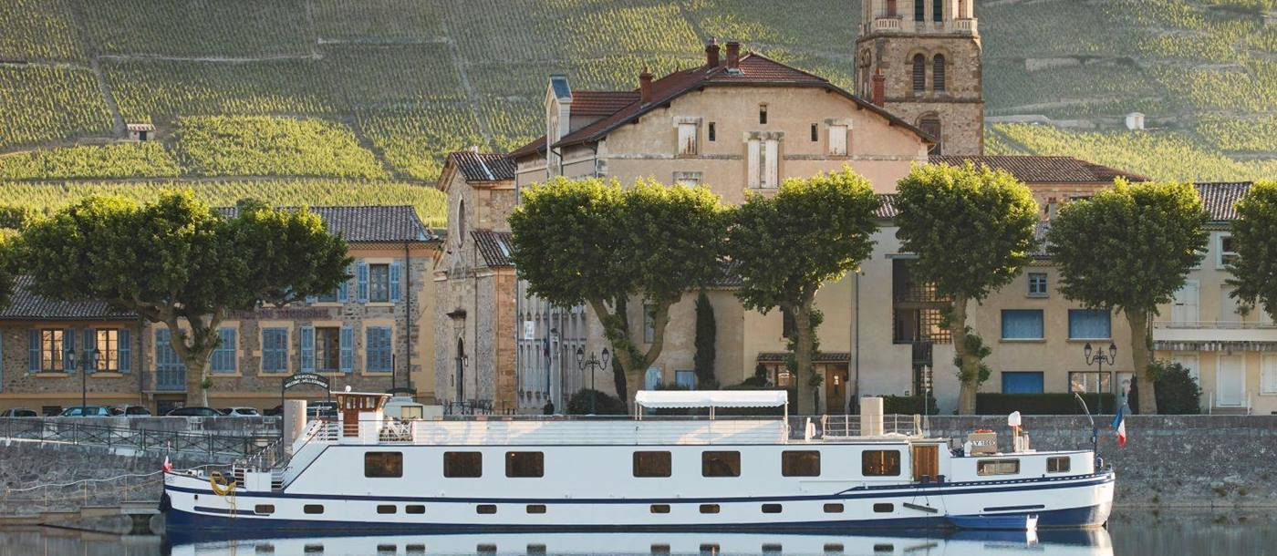 The Belmond Napoleon river barge in the French countryside