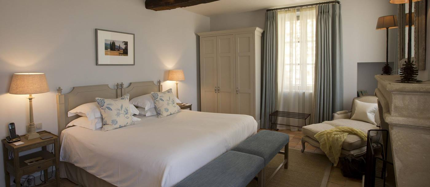 Double bedroom in Hotel Crillon le Brave, France
