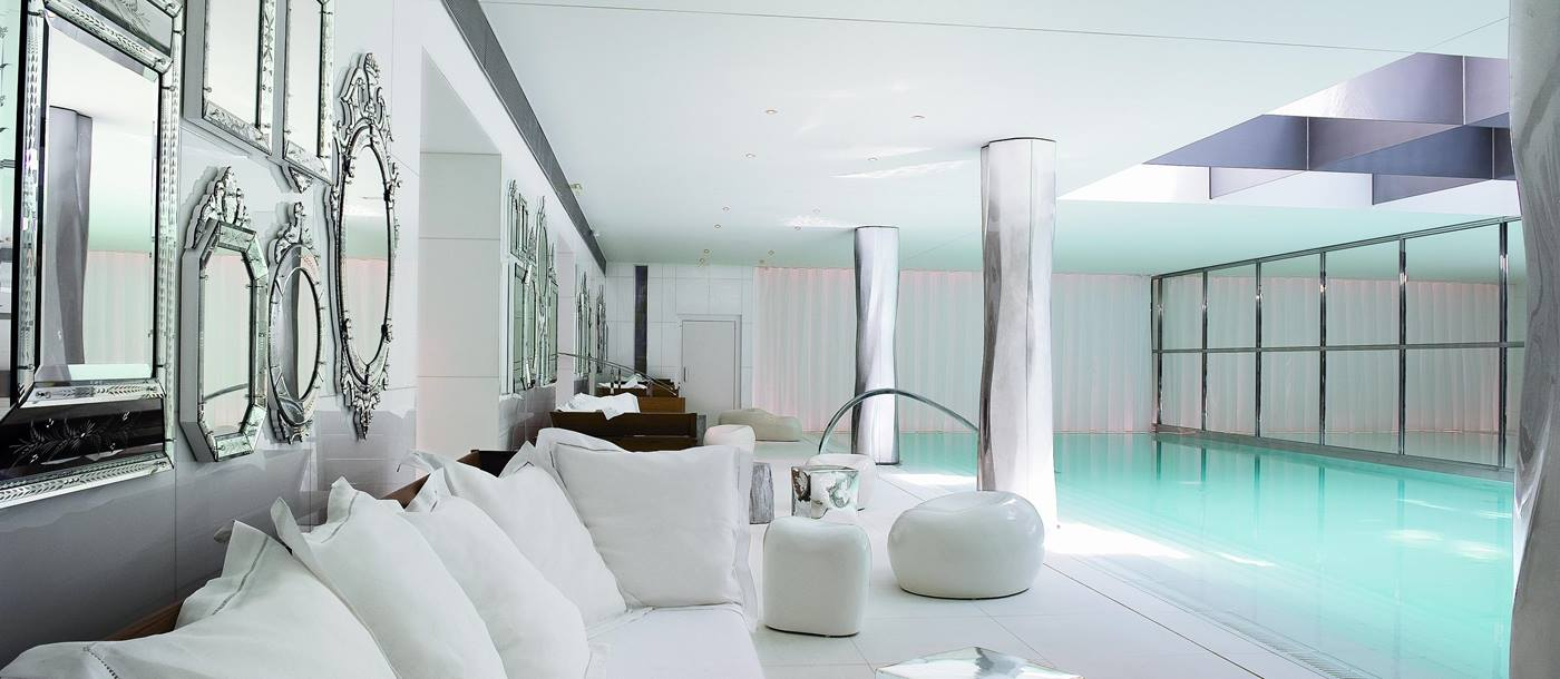 Spa and indoor swimming pool in Le Royal Monceau, France