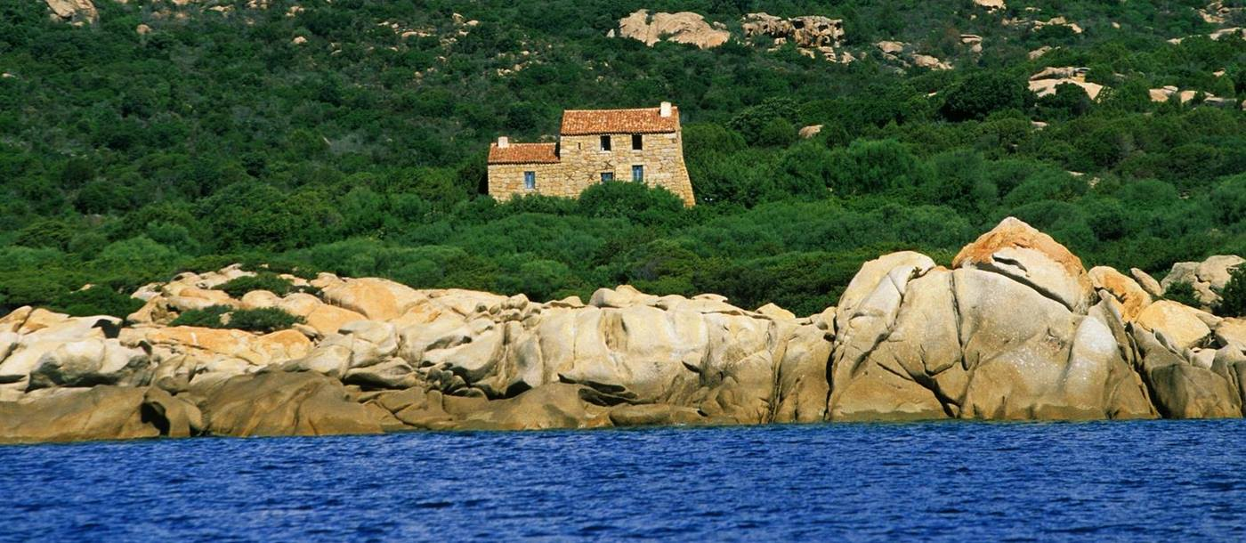 Eddera, Corsica, seen from the sea