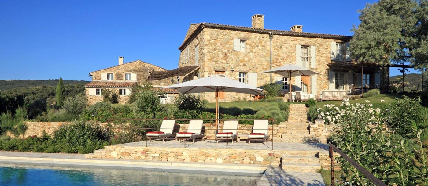 Facade and swimming pool of Le Colline Fleurie, Provence