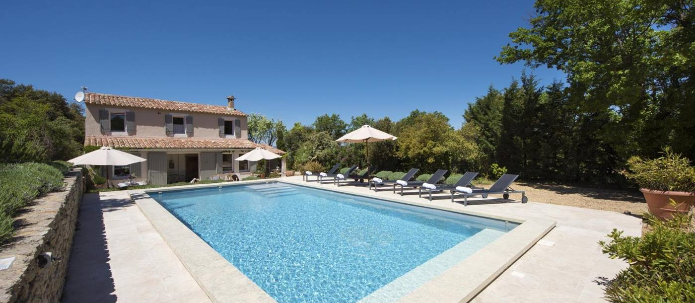 Swimming pool with exterior of Mas du Buis, Provence