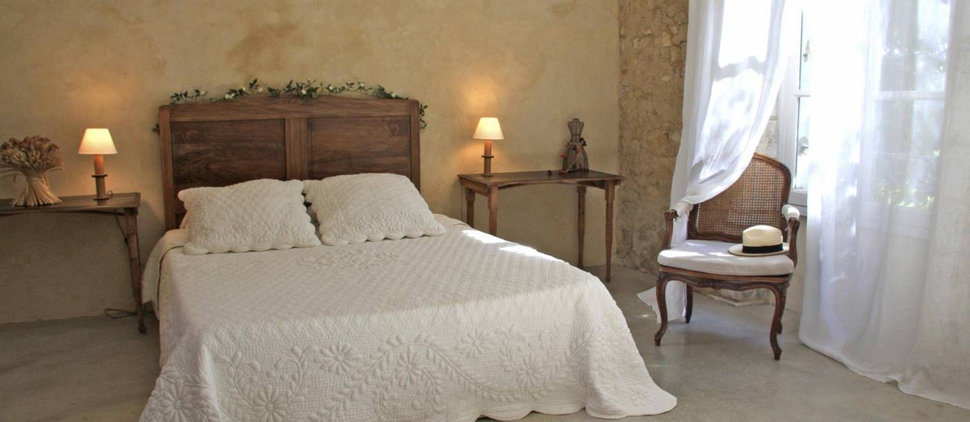 double bedroom of Villa Calade, Provence