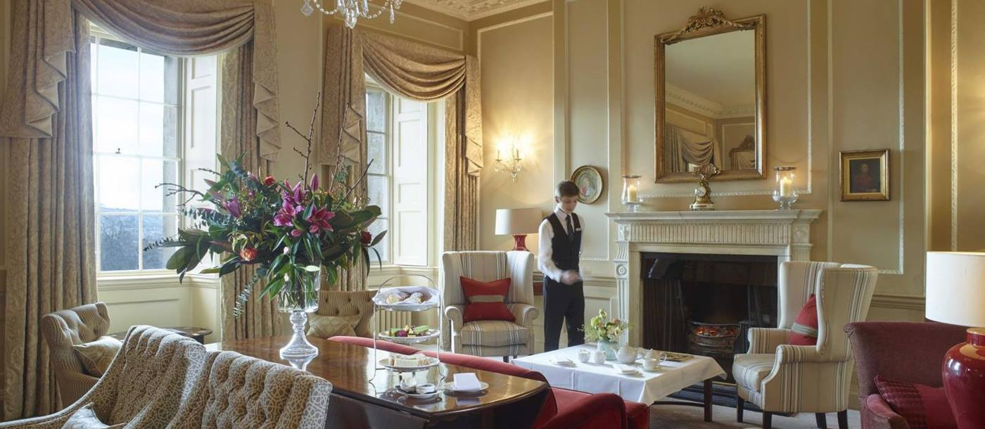 Drawing room and afternoon tea at the Royal Crescent Hotel in Bath