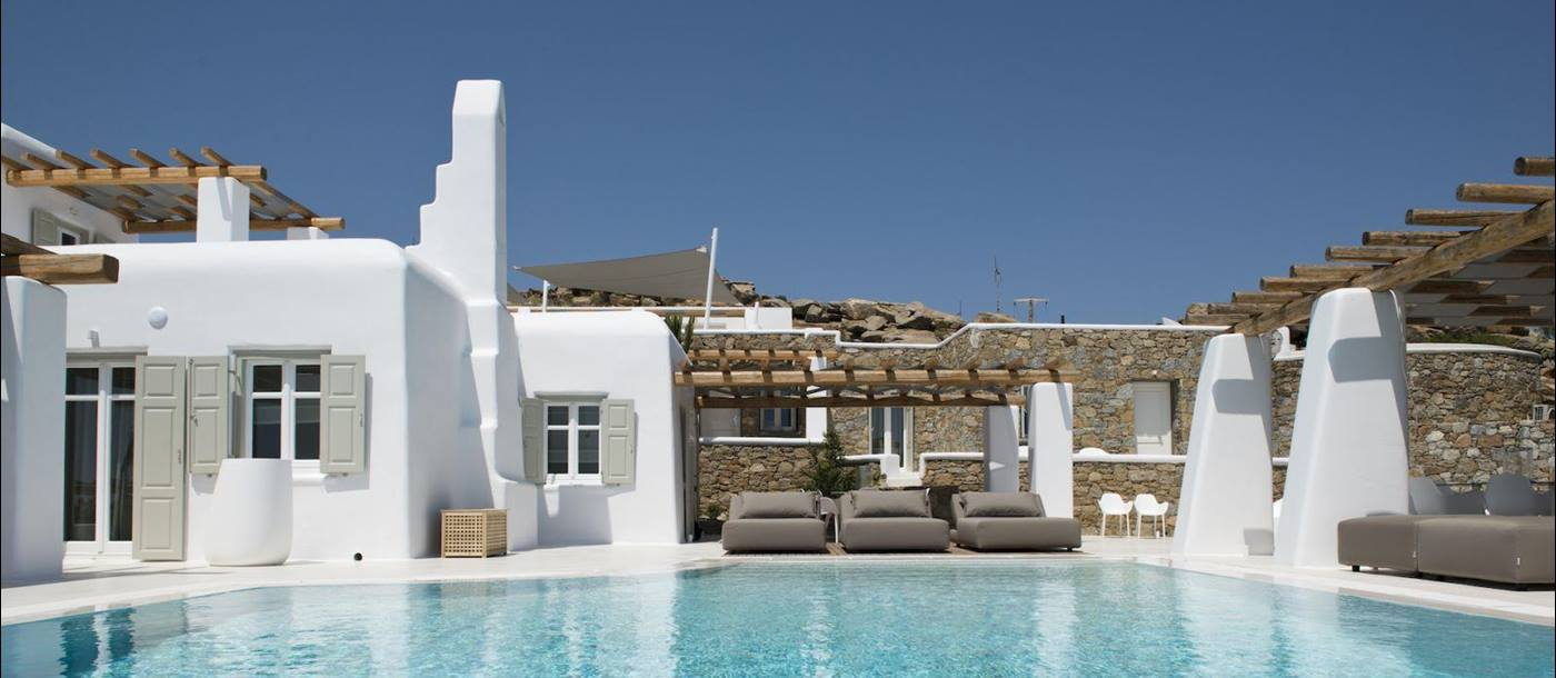 Villa Papos in Mykonos-exerior and pool