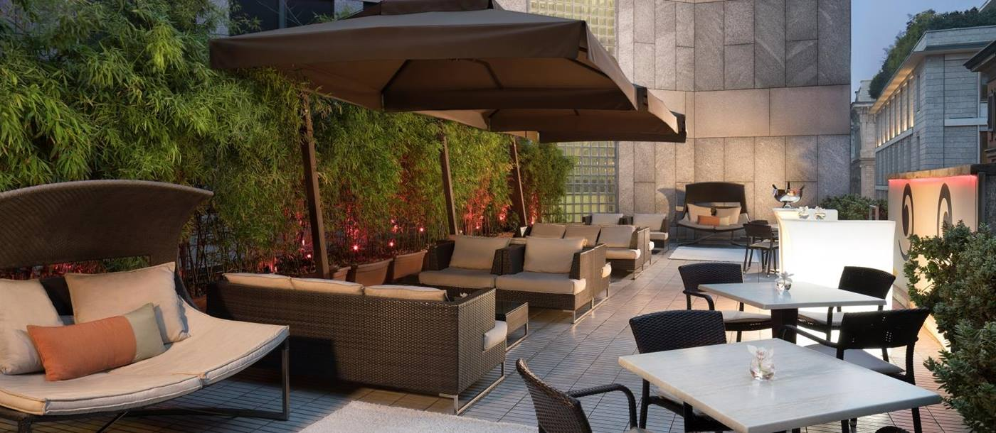 Outdoor terrace at Sina The Gray