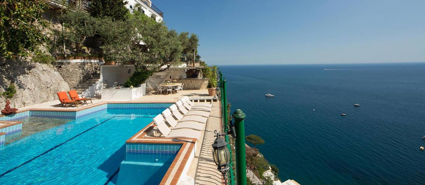 Swimming pool with coastal view from Villa Tuffariello, Amalfi Coast