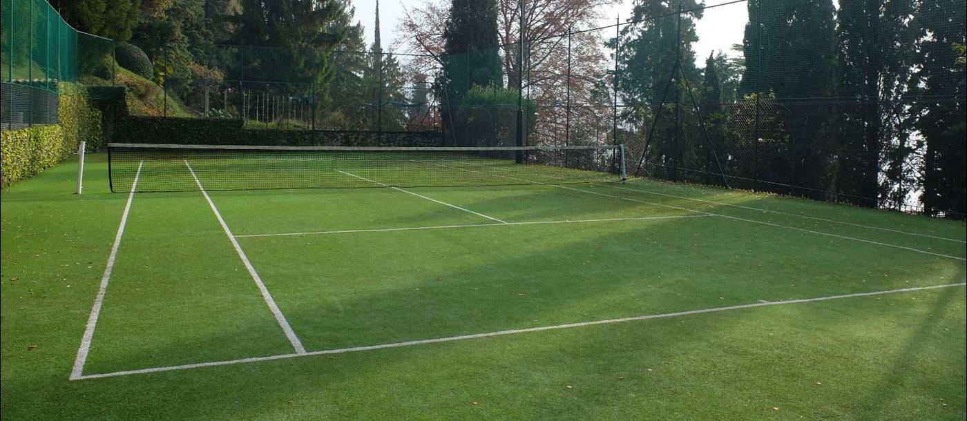 Tennis court of Villa la Cassinella, Lake Como