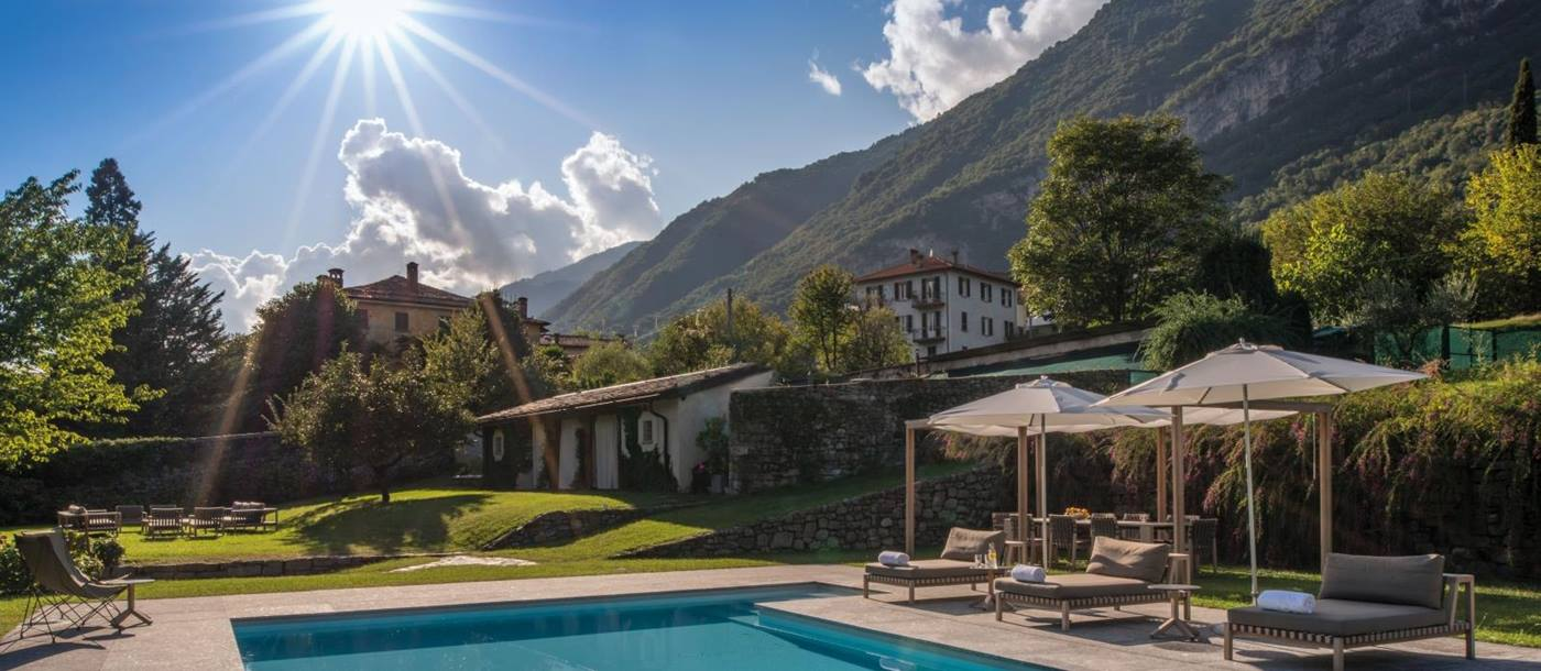 Pool and views at Villa Sola Cabiati