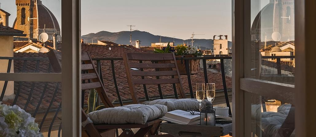 Terrace with view of La Viscontina, Tuscany