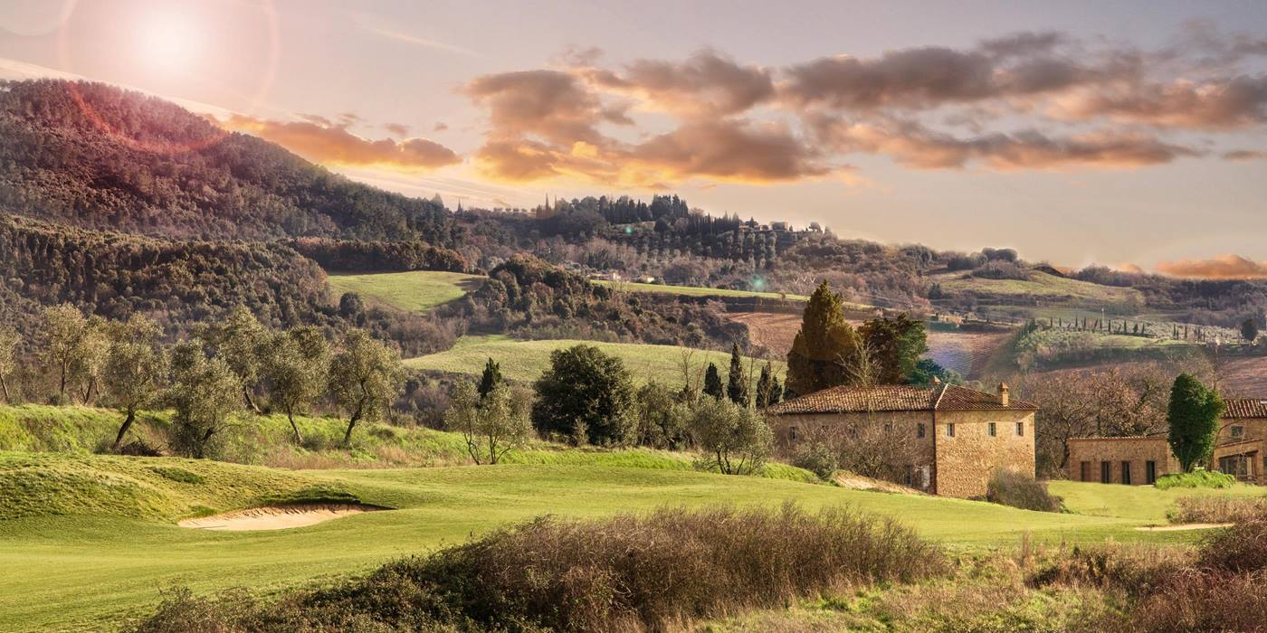 Exterior with surroundings during the sunset near Villa San Vivaldo, Tuscany