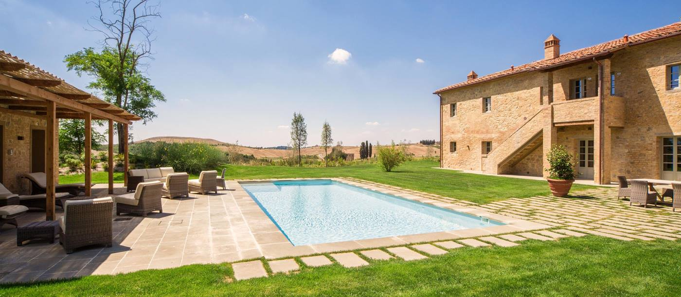 Exterior view of  Villa San Vivaldo, Tuscany with swimming pool