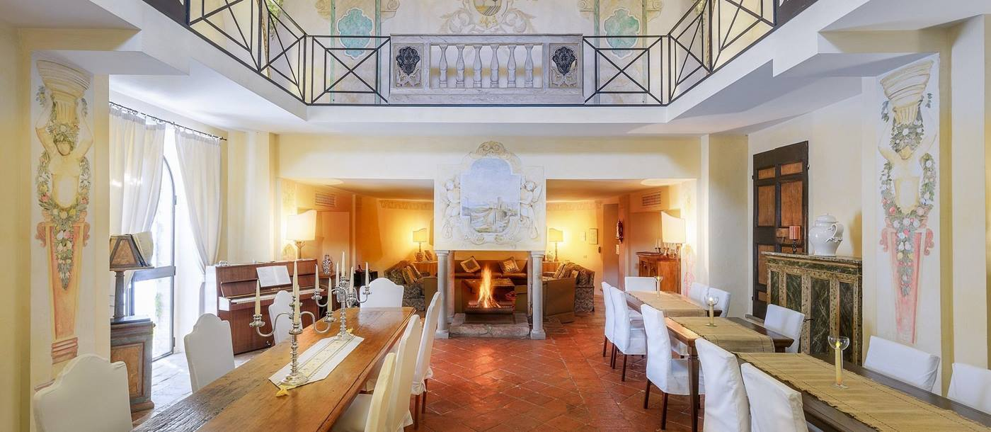 Dining hall in Villa l'Edera, Umbria