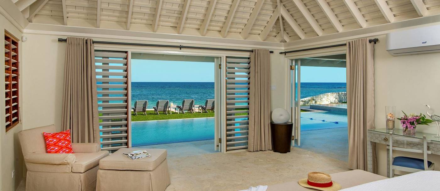 Double bedroom of Sunset, Jamaica