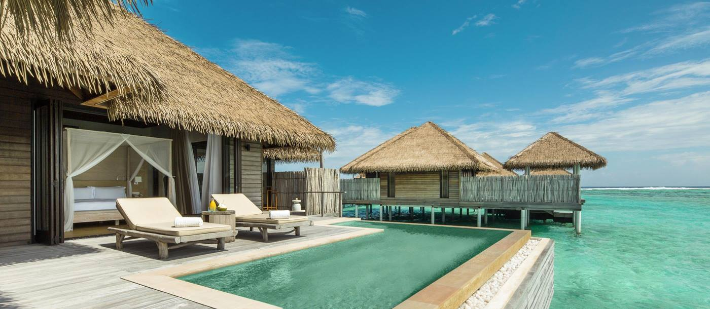 The pool of a Water Villa at Como Maalifushi