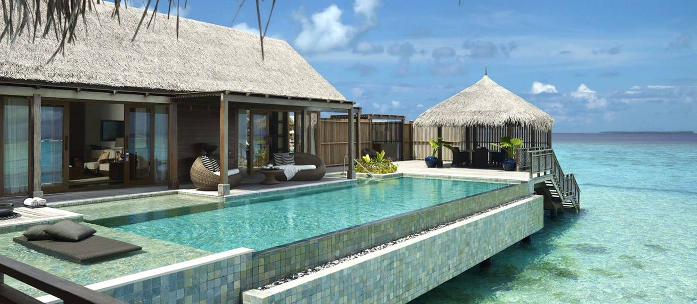 The swimming pool with direct water access of Villa Muthee at Shangri La Villingili, Maldives
