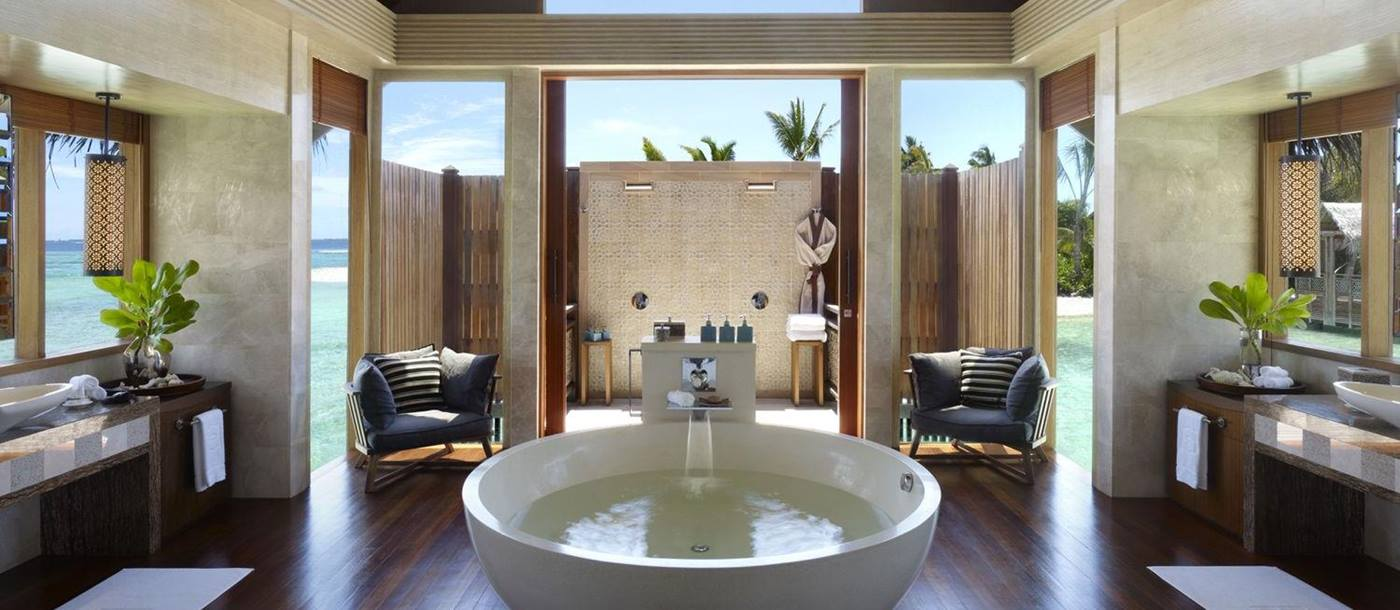 bathroom of Villa Muthee at Shangri La Villingili, Maldives