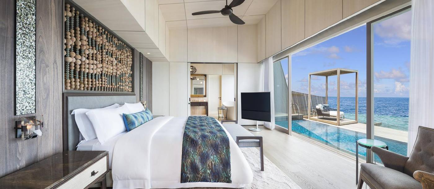A suite bedroom of St Regis Vommuli, Maldives