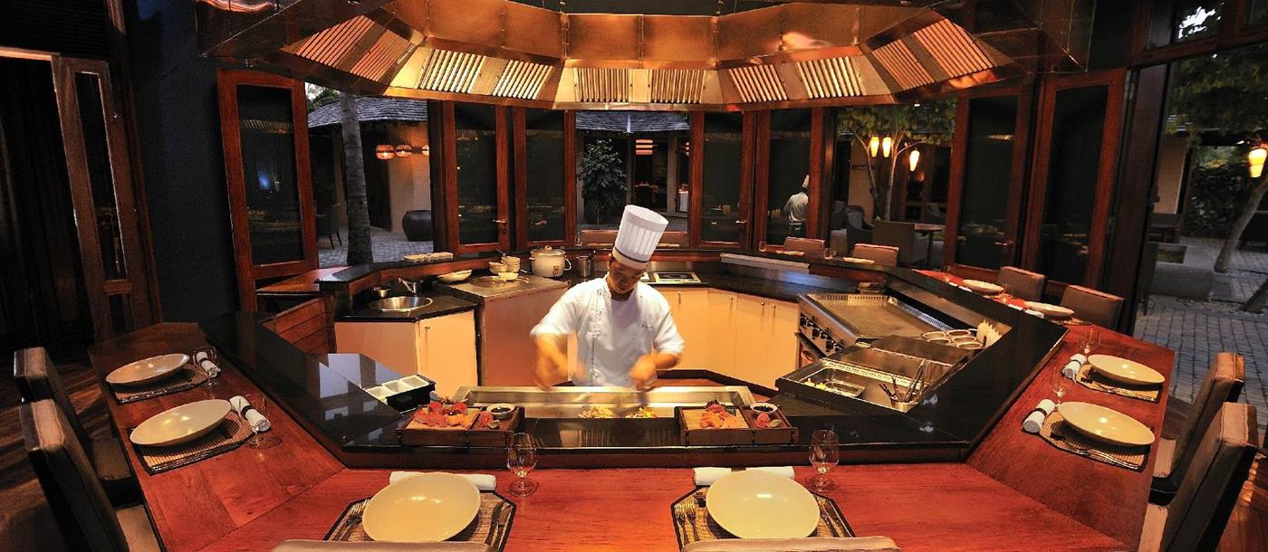The counter of Teppanyaki, Maradiva Resort, mauritius