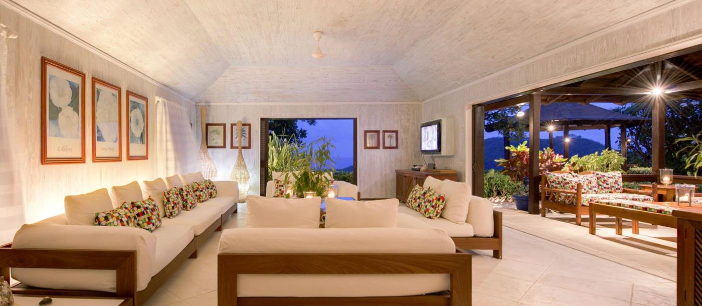 Living area of Emerald Hill, Mustique