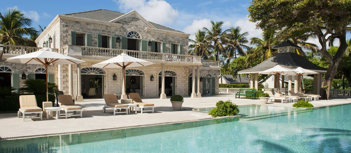 Swimming pool and facade of Palm Beach, Mustique