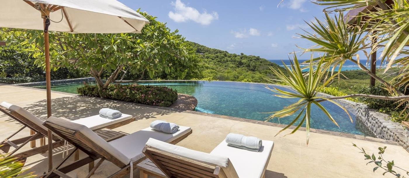 Pool and view at Serenissima in Mustique