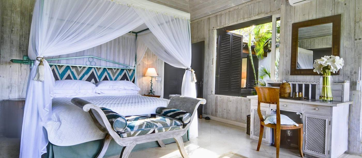 Double bedroom in Tetto Rosso, Mustique