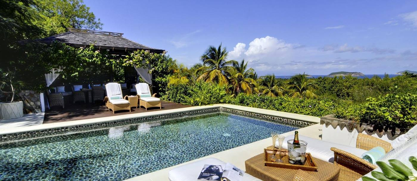 Swimming pool of Tetto Rosso, Mustique