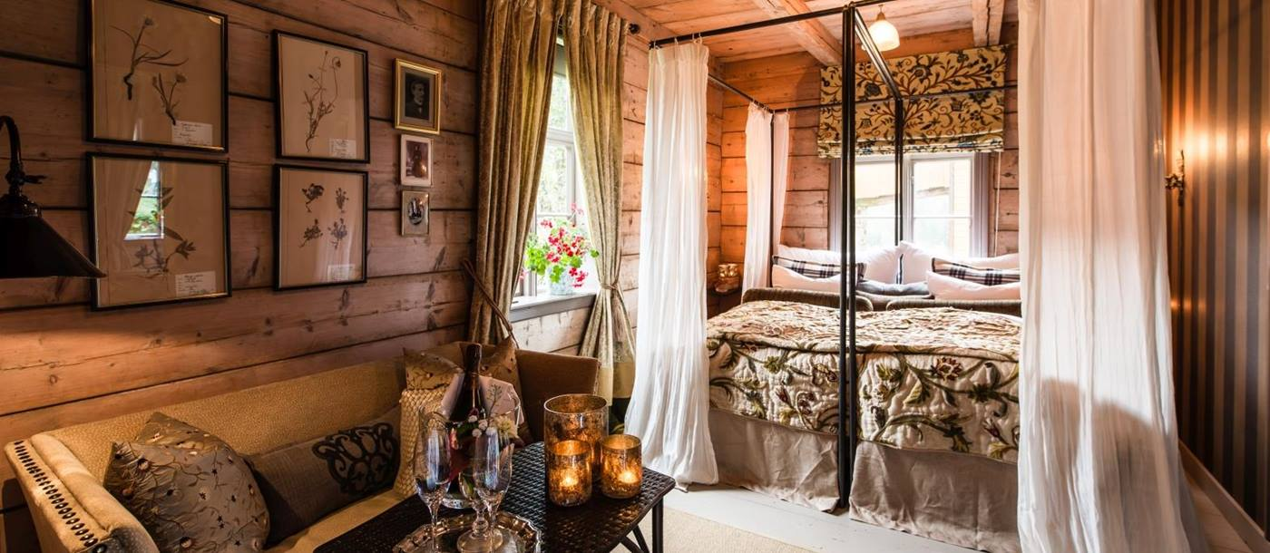 Suite in Villa Amot at Amot Operagard in Norway