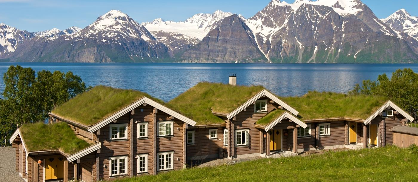Exterior view in summer at Lyngen Lodge in Norway