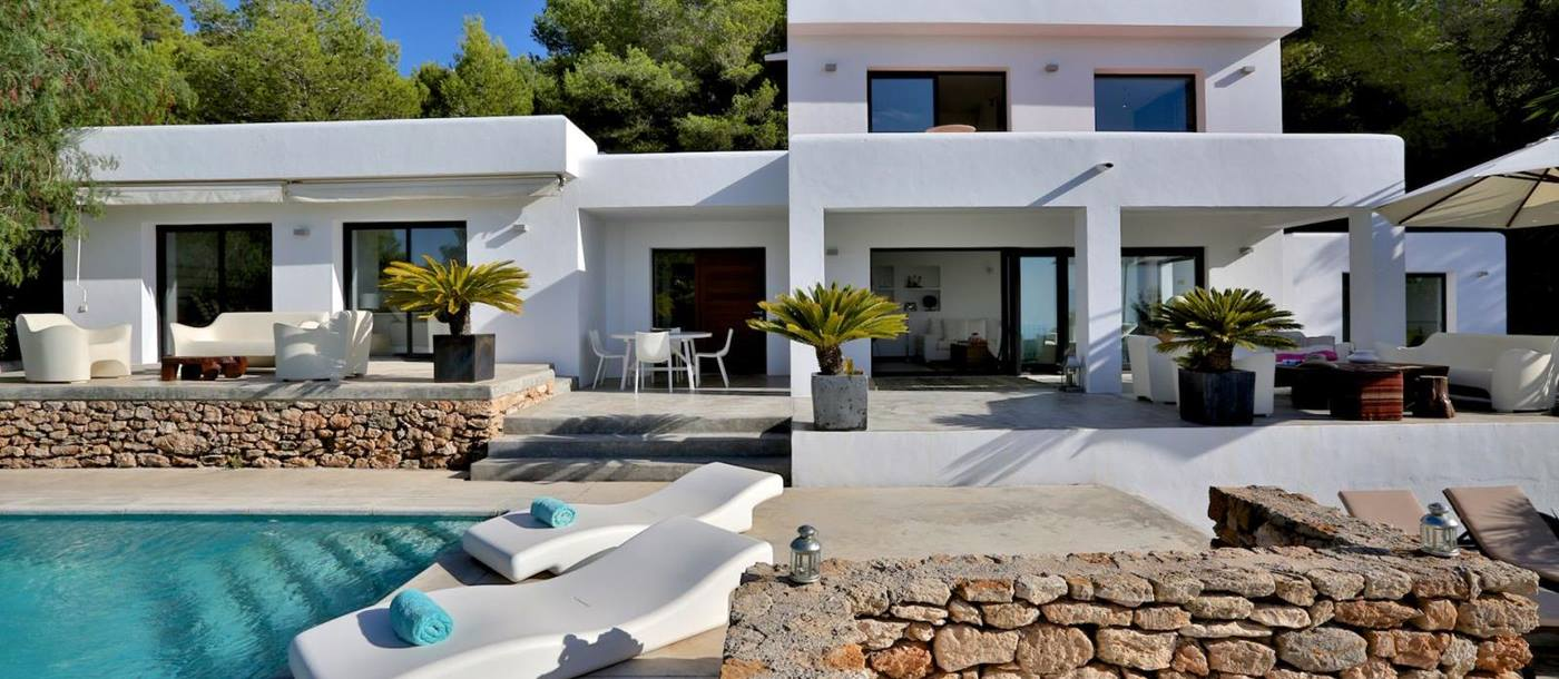 The facade of Villa Blanca in Ibiza
