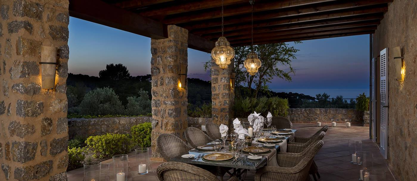 outdoor dining at the terrace of Sa Rotja in Mallorca