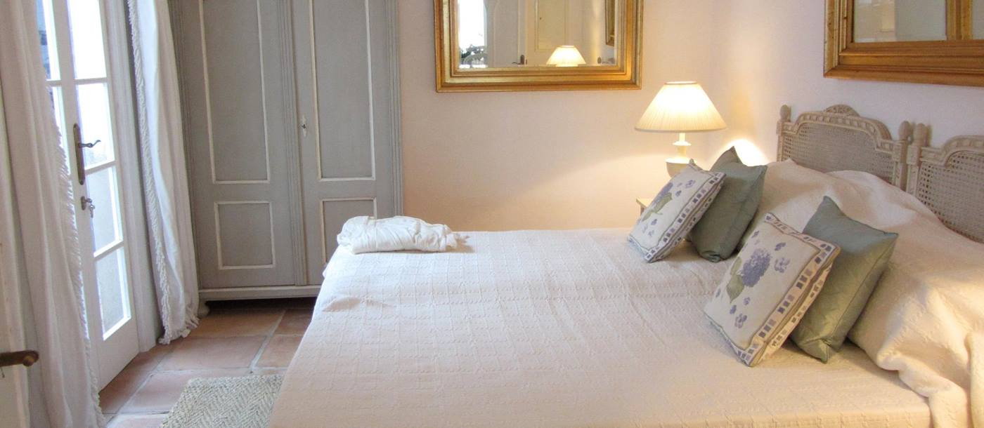 Double bedroom in Sant Antoni, Menorca