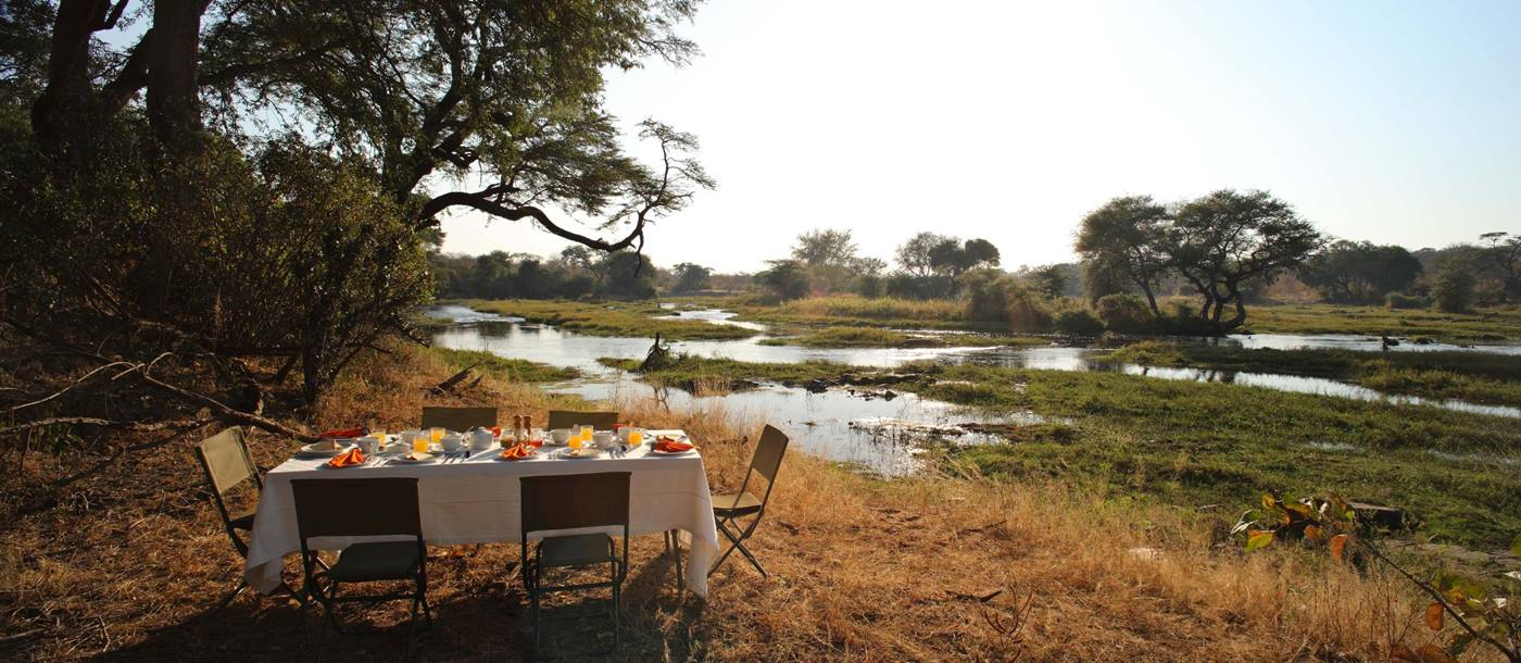 A bush breakfast at Jongomero
