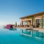 Luxury Villa Specialists