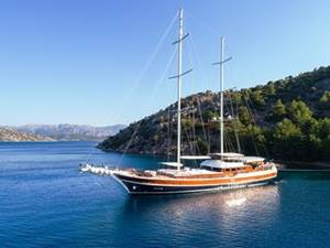 private yacht halcon del mar in turkey