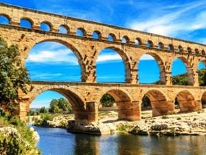 pont du gard bridge in nimes, france