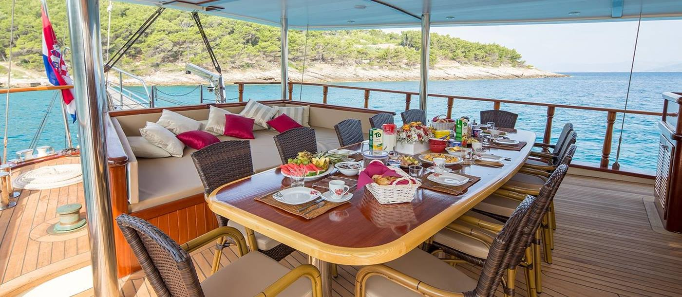 Aft dining on board Morning Star in Croatia